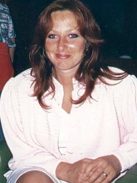 Carol Savage 51 yrs